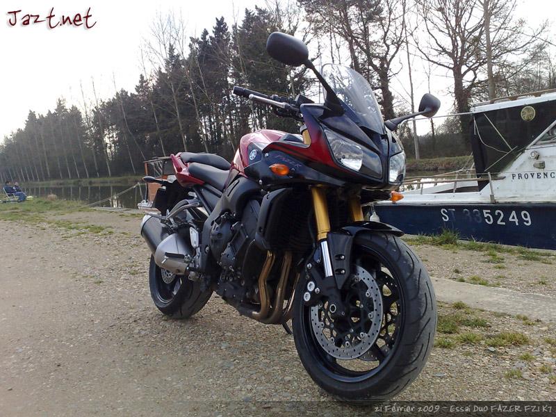 FZ1S ou FAZER de chez Yamaha