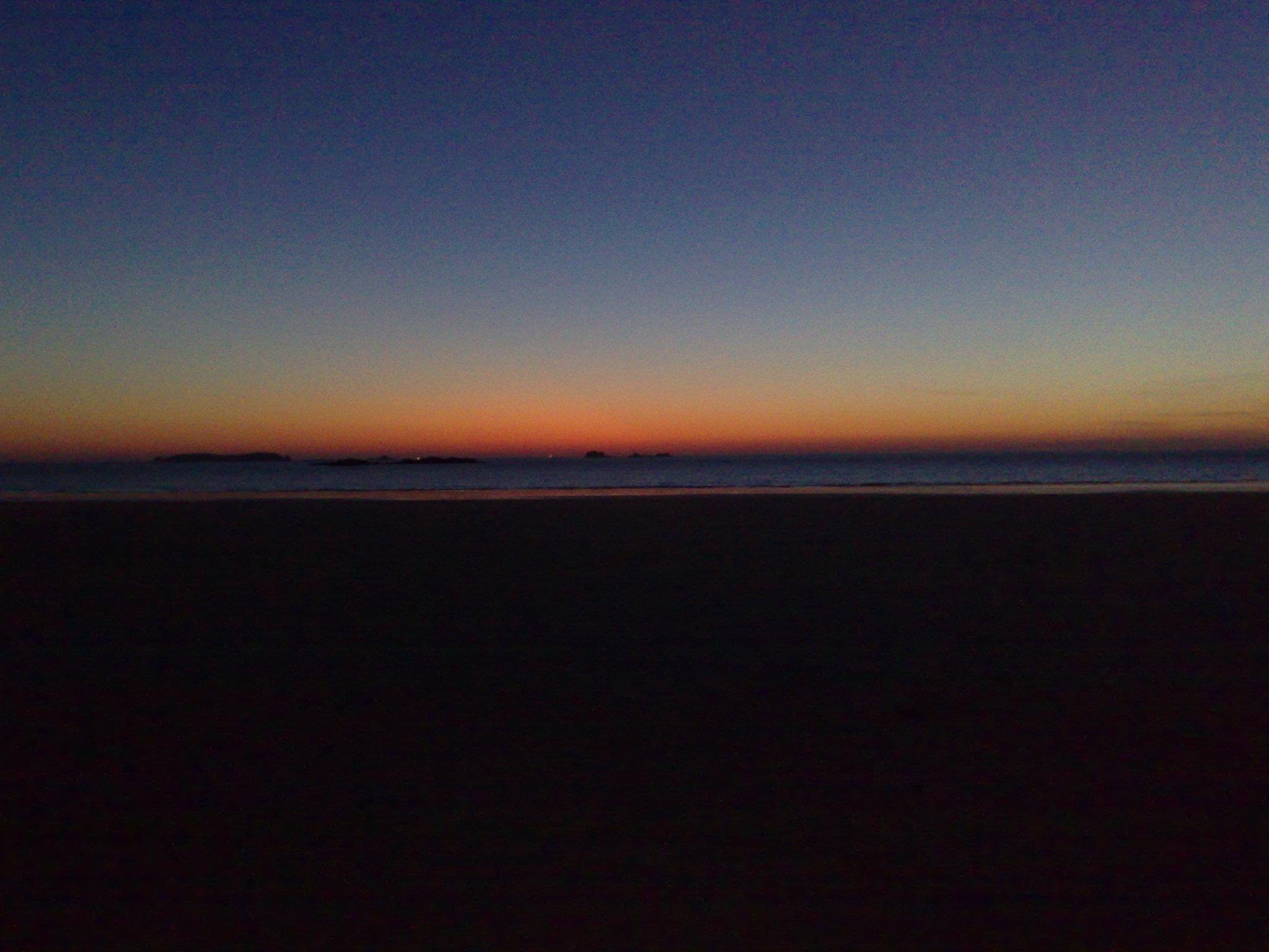 La nuit tombe sur Saint-Malo
