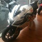 moto rsv4 aprilia 2011