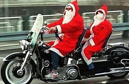 Père Noël en Harley Davidson