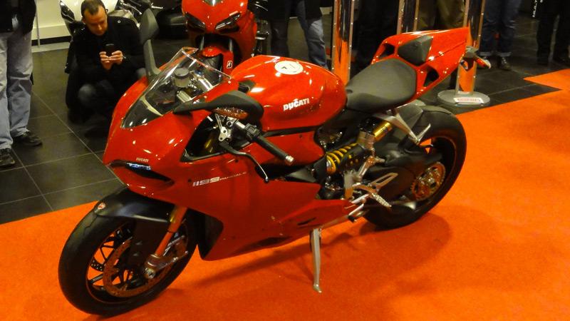 Essai de la Ducati 1199 S Panigale : rouge jusqu'au bout des ongles !