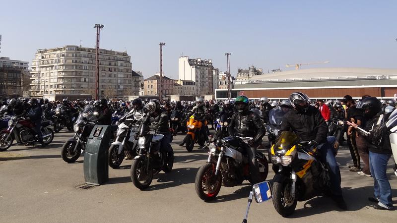 Rassemblement de motards à Rennes