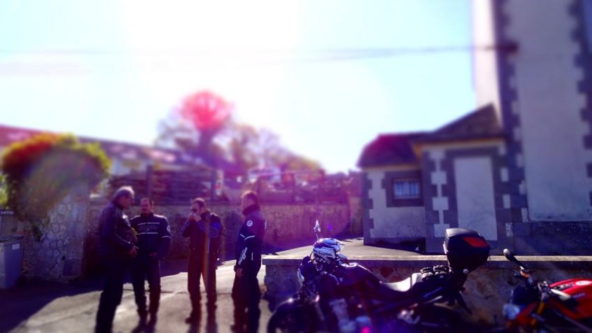 le salut des motards
