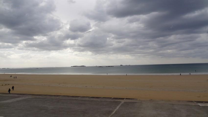 Plage de Rochebonne (Saint-Malo) près des Thermes Marins