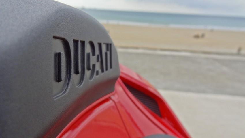 Capot de selle du Ducati Streetfighter