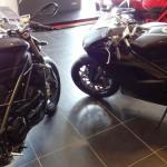 Ducati 848 Evo ou Streetfighter noire mat à Rennes