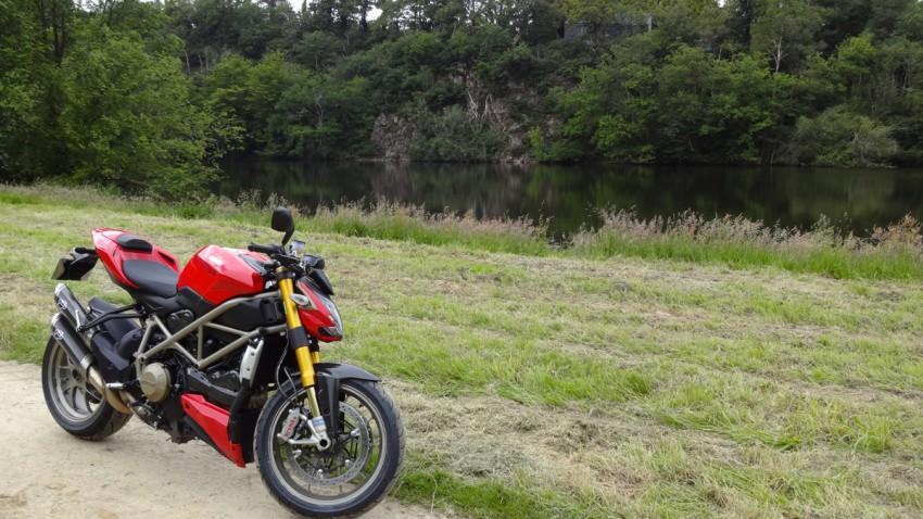 S20 Bridgestones sur le Ducati 1098