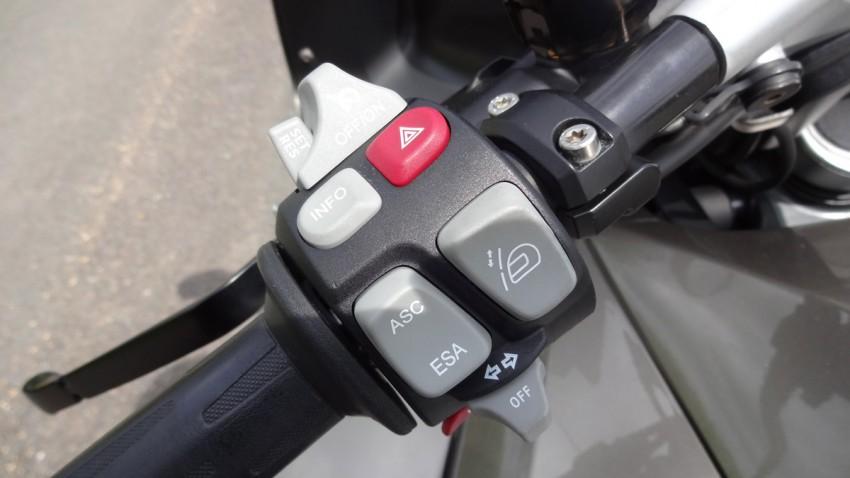 Option et régulateur de vitesse