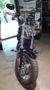 Fat Bob noir Rennes Harley Davidson