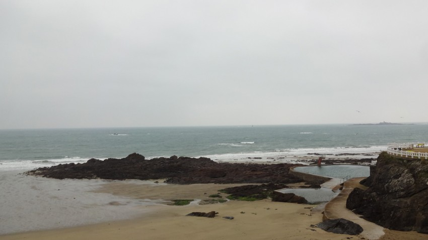 Piscine vue mer à Saint-Quay Portrilleux