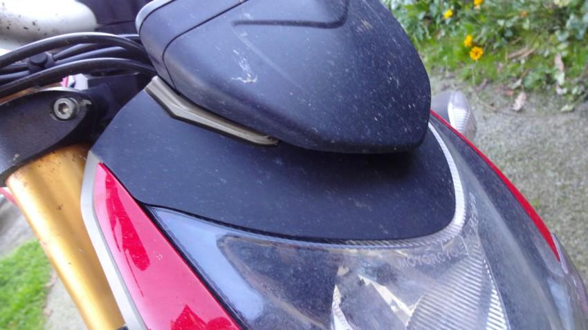 tête de fourche de moto