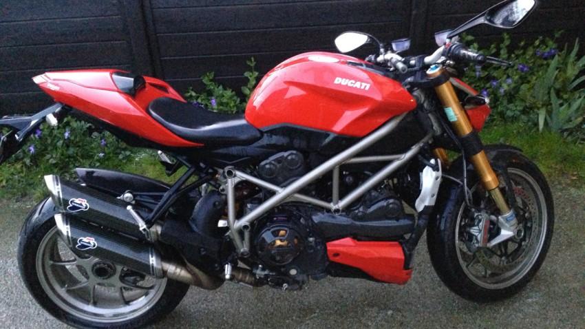 Ducati 1098 rouge : toute propre avec les produits Meguiars
