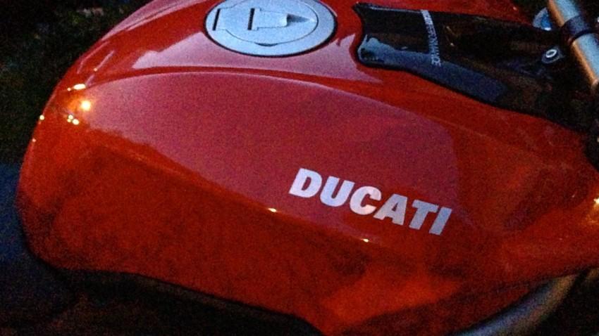 Réservoir Ducati 1098 S