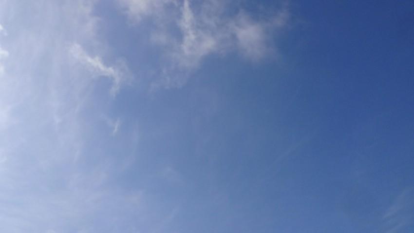 ciel bleu en ce dimanche 21 avril 2013