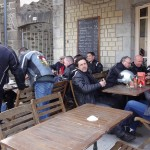 pause café au port de Dinan (Dep. 22)