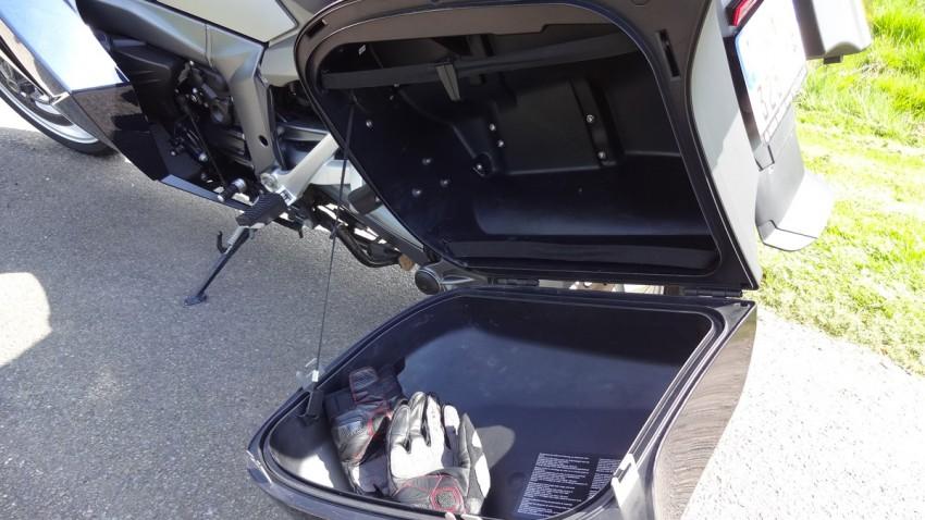 valise du K1300GT chez Boxer passion Rennes
