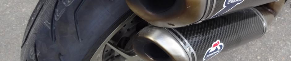 Bridgestone S20 sur le Ducati Streetfighter S 1098