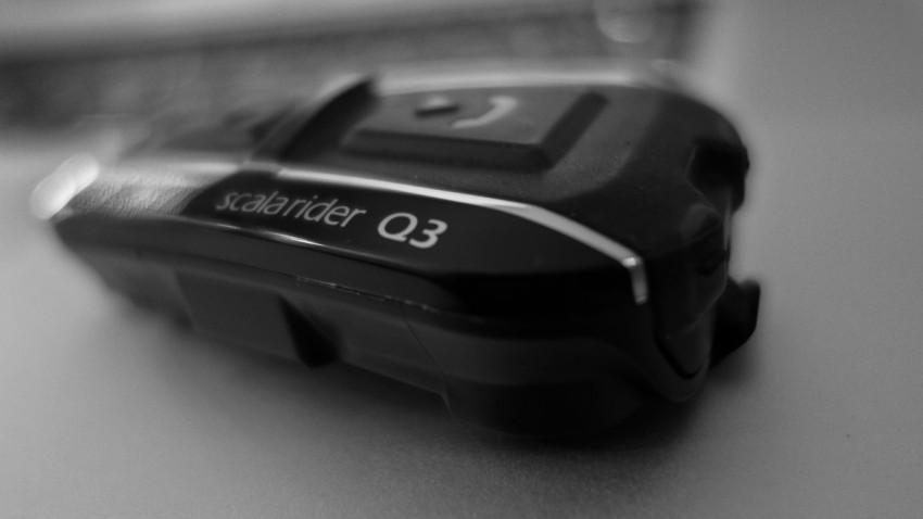Q3 pour discuter entre motard en roulant