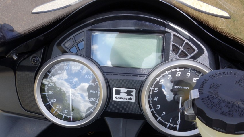 tableau de bord du ZZR 1400