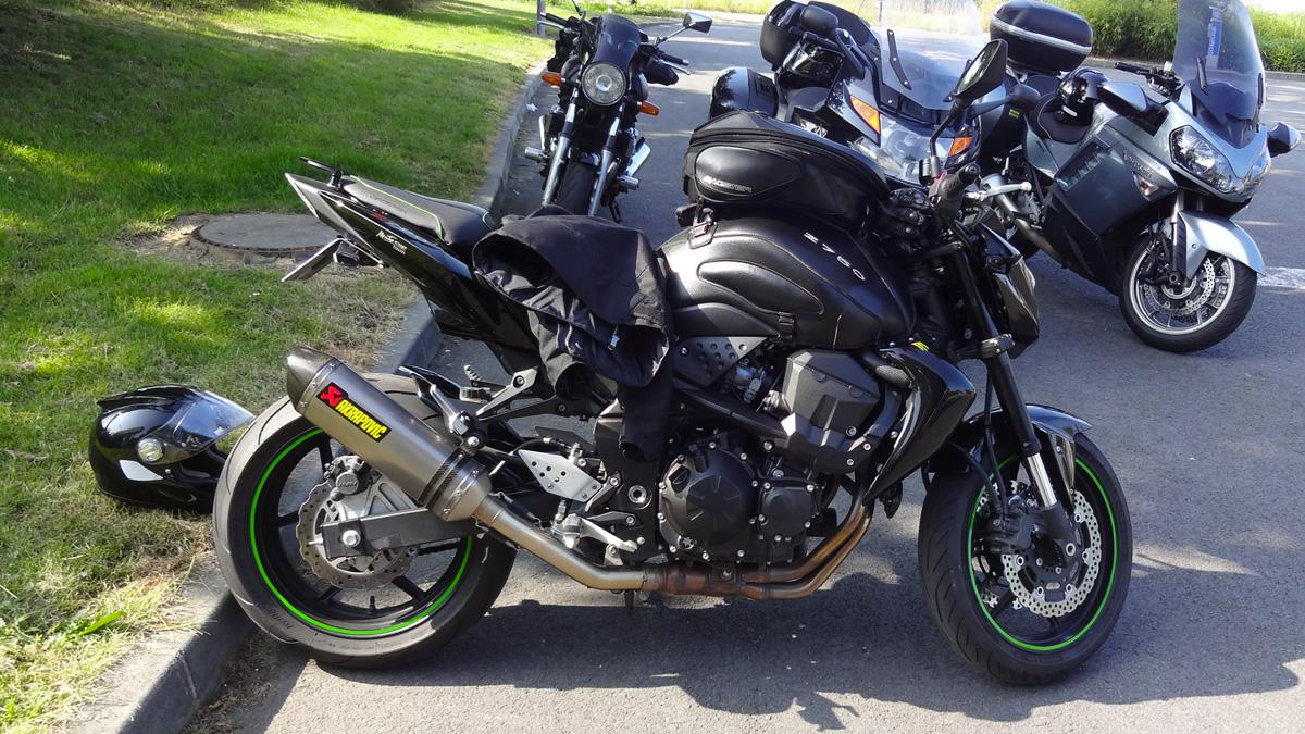 kawasaki z 750 n rennes moto shop 35. Black Bedroom Furniture Sets. Home Design Ideas