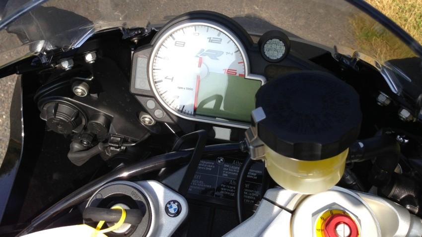 tableau de bord du S1000RR BMW