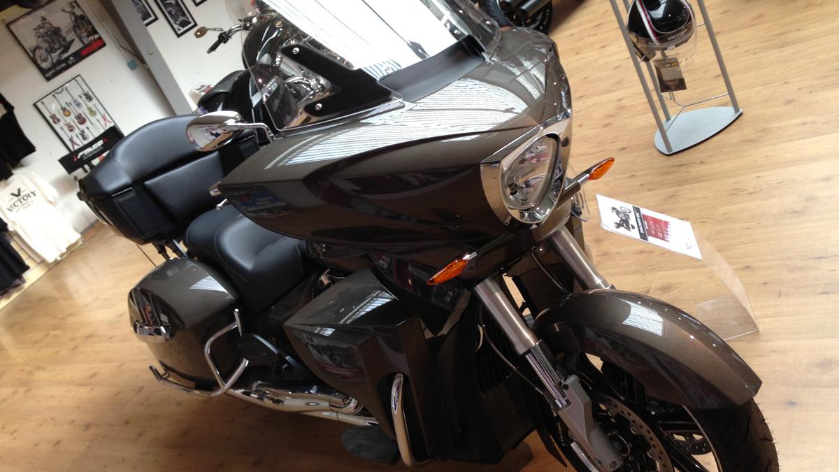 Victory Vision à Rennes chez Drym's Moto