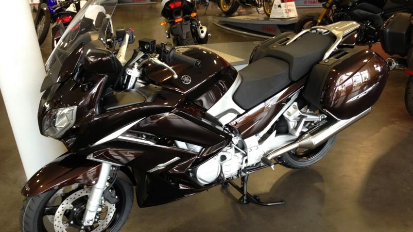motoi yamaha 1300 FJR marron chocolat 2013