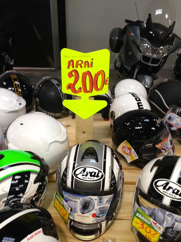casque arai neuf 200 euros