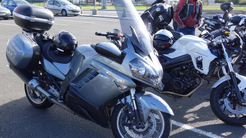 Kawasaki GTR de Didier, le motard Rennais d'OVS