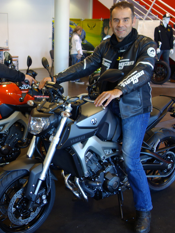 MT 09 : future moto de Jean-Claude (motard Rennais)