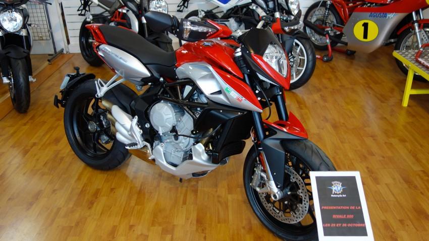 hyper motard MV Agusta 800cc