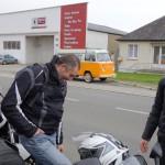 le motard aime sa moto