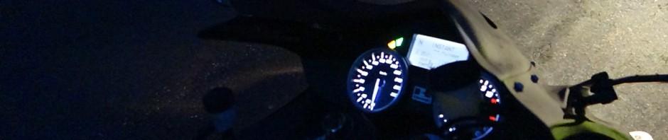 tableau de bord ZZR 1400 de nuit