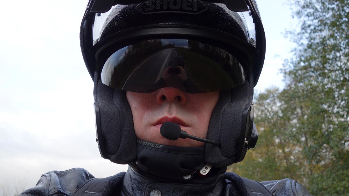 David Jazt, casque moto Shoei Neotec avec Scala Rider Q3