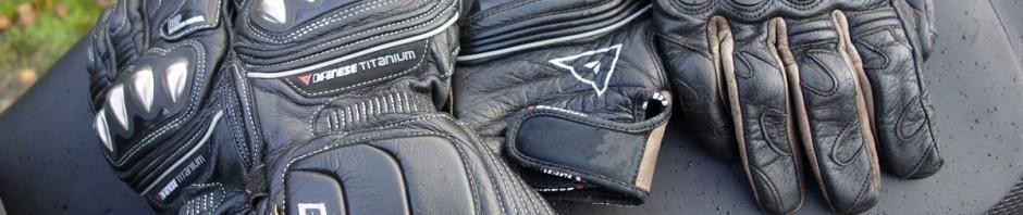 Gant de moto haut de gamme Dainese