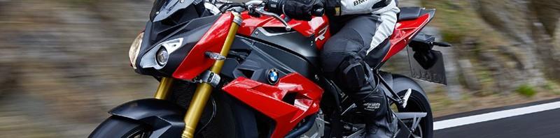 moto BMW Rennes S1000R 2014 rouge