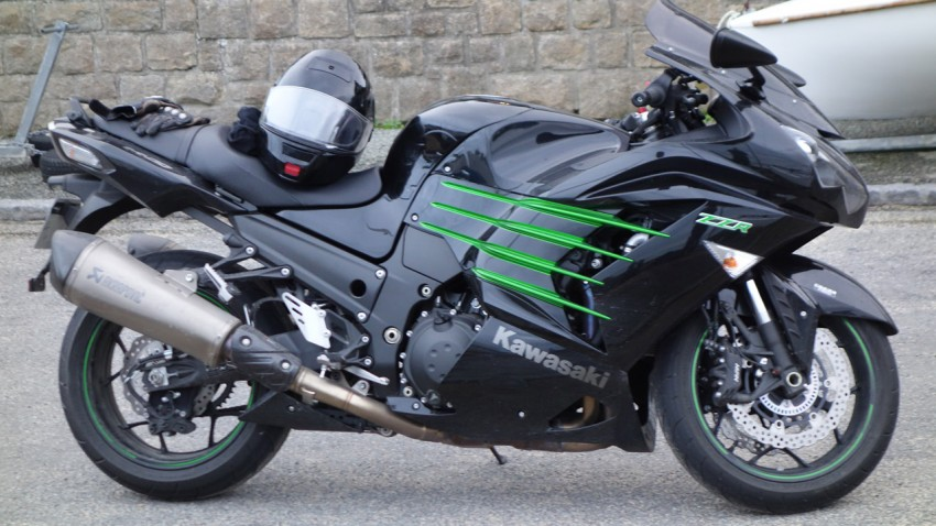 Kawasaki ZZR 1400 et Silencieux Akrapovic
