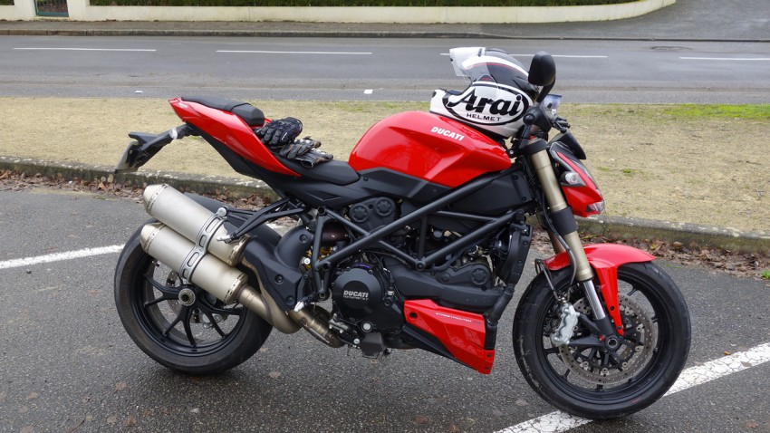 Ducati Streetfighter 848 à Laval