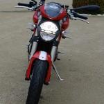vue de devant du monster Ducati