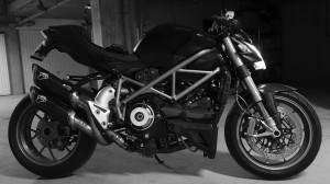 Ducati Streetfighter 1098 S noir mat 2010 jante bronze de David Jazt