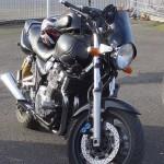 moto Yamaha XJR 1300 noire de Gilles