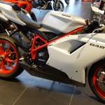 Ducati 848 2014 blanche et rouge à Nantes