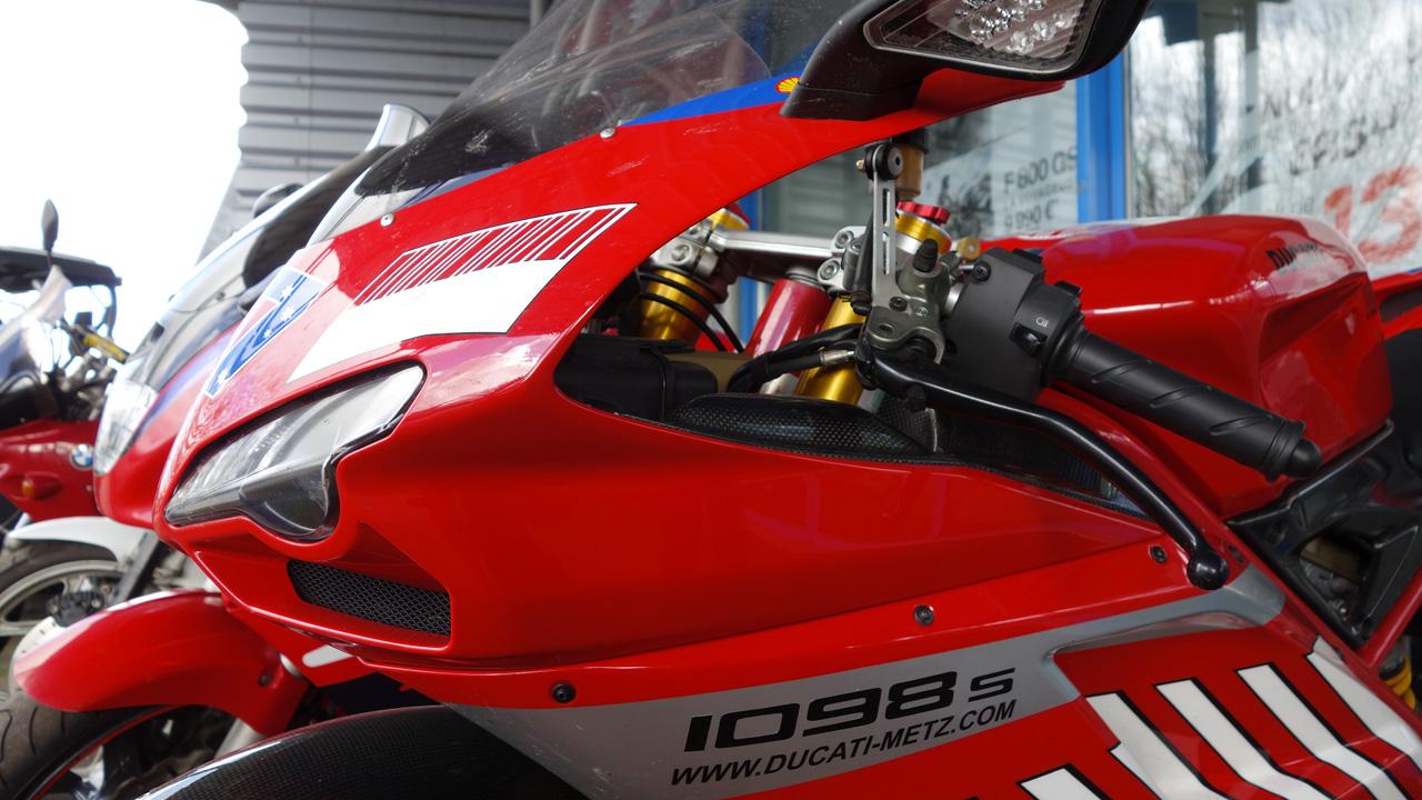 Tête de fourche du Ducati 1098 S