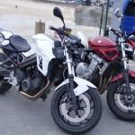 moto au port de Cancale