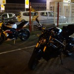 Arrivée à Saint-Grégoire à moto