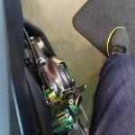 genoux pliés sur le MT 07 : moto basse