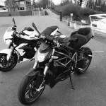 Ducati Streetfighter et Triumph Street Triple