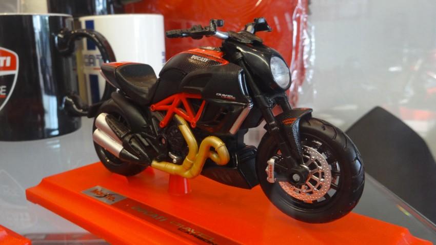 Diavel Ducati en maquette