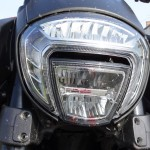 full LED sur le Ducati Diavel 2014