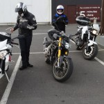 arrivée sur Rennes à moto